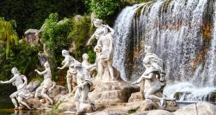 Экскурсия в Королевский дворец и парк в Казерте из Неаполя