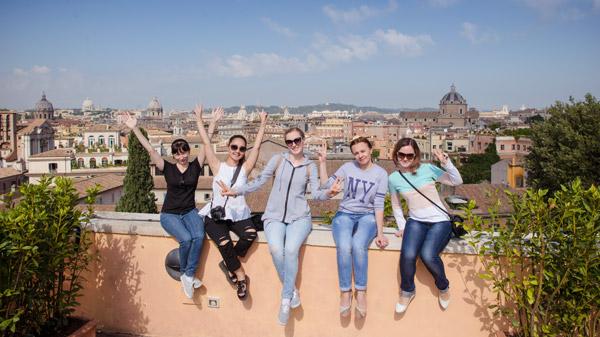 Экскурсия для девушек в Риме на рассвете