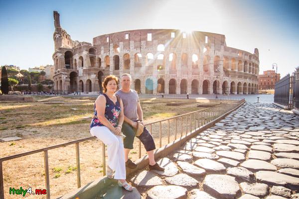 Рассвет в Риме у Колизея