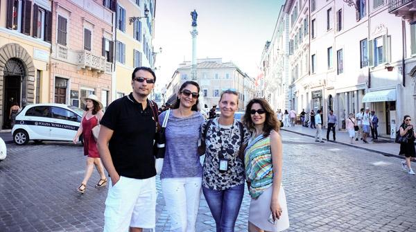 Гид в Риме Елена Вязникова и благодарные туристы