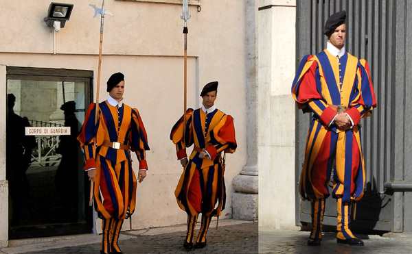 Швейцарские гвардейцы в Ватикане