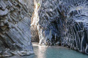Экскурсия в Ущелья Алькантары